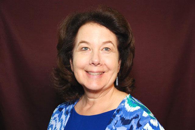 Dr Elizabeth Mumper